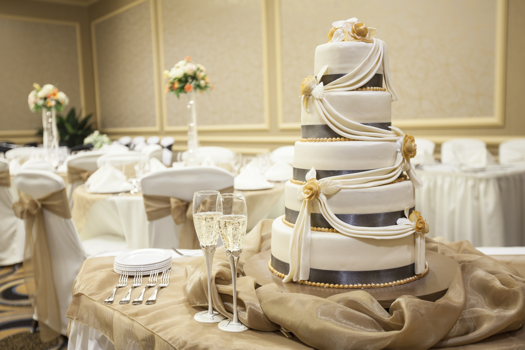 Weddings Chair Covers D Up Lighting And Als